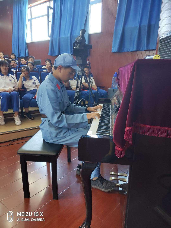 钢琴伴奏1.jpg