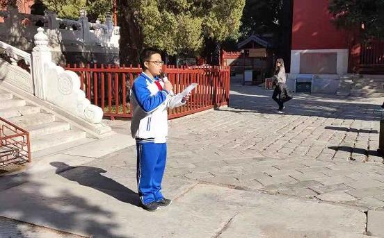 少先队员代表初二8班王博宇发言.jpg