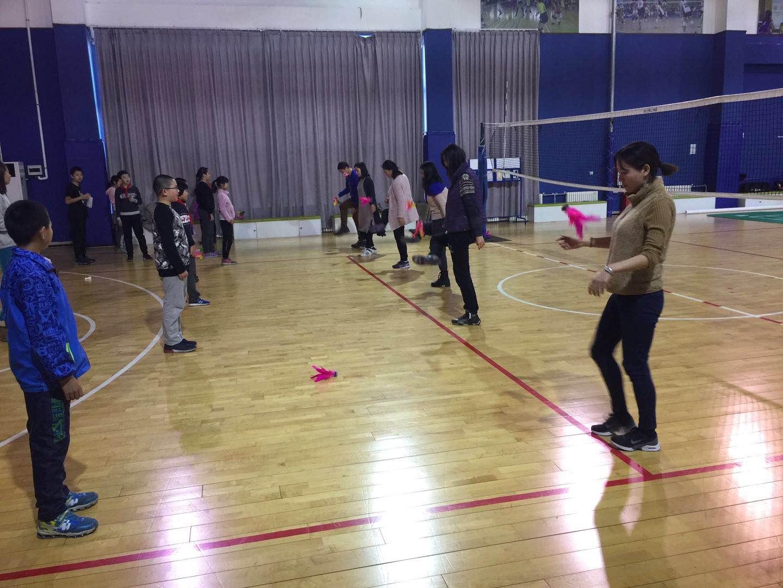 首城校区教师踢毽风采.jpg