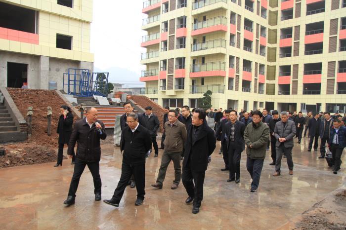 瀘州市委書記及市長進行項目視察