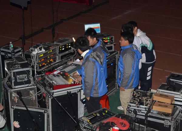 志愿者工作 (5).JPG