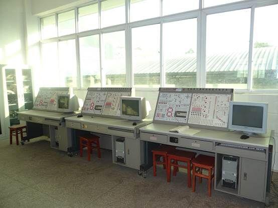 PLC控制实训室.jpg