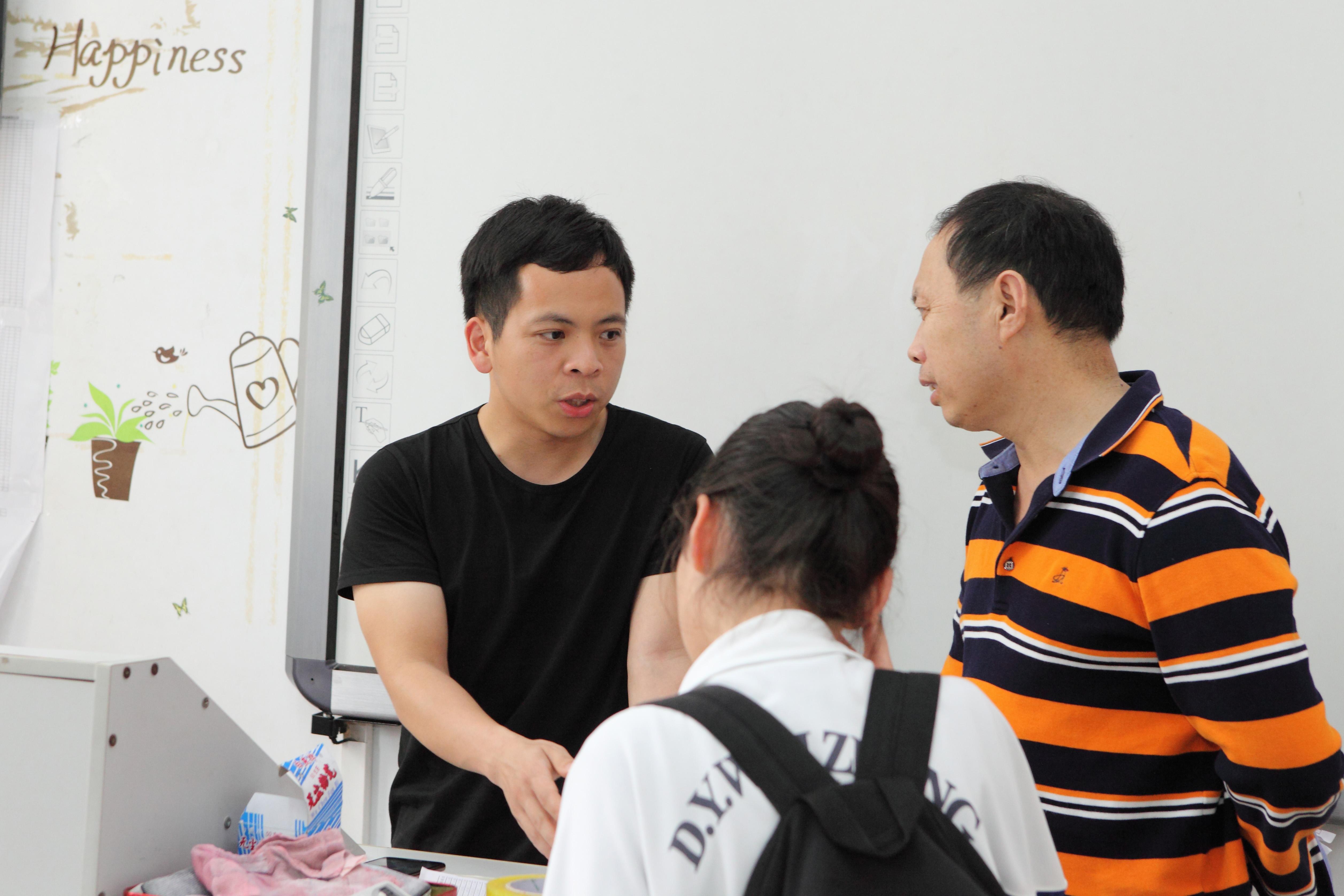 cc国际彩球代理_cc国际总网_国际cc手机网投平台召开广东一模家长动员会