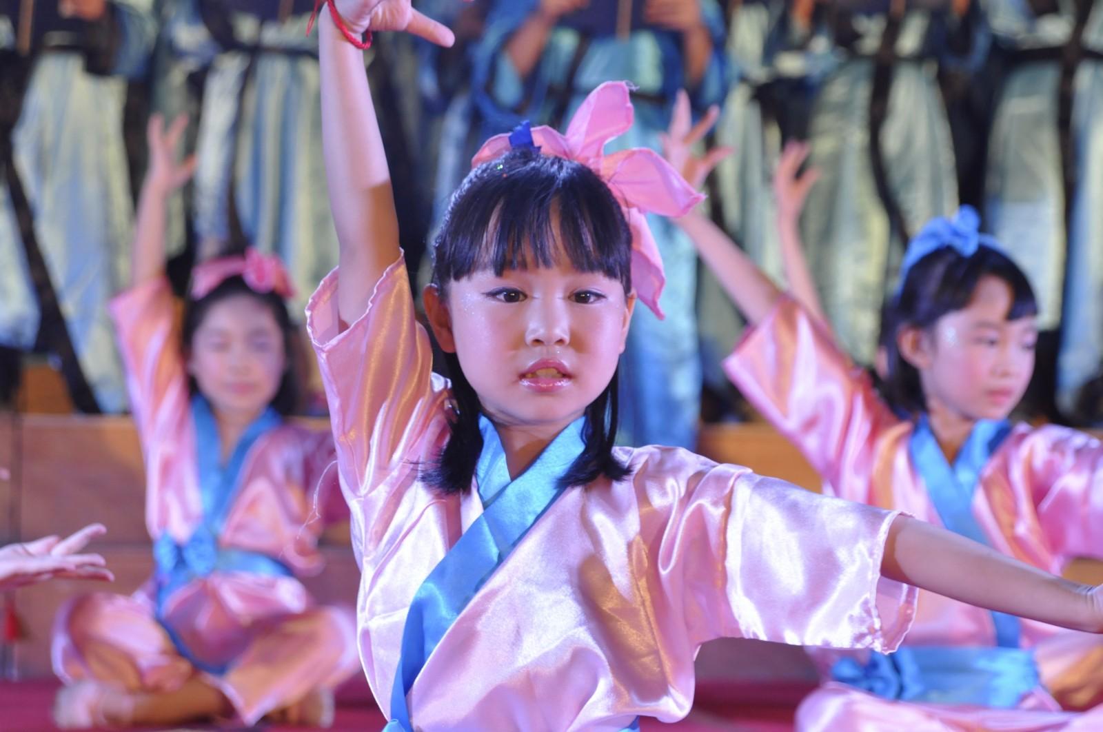 台州市双语学校2014六一演出071.JPG