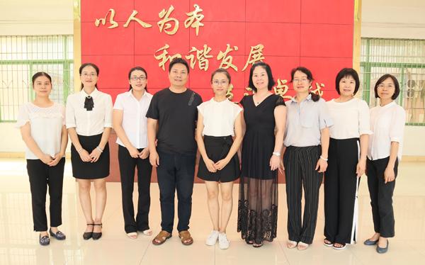 高三(11)班团队.JPG